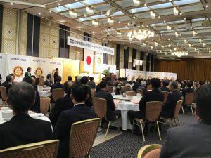 開会・点鐘は熊本東南RCの白石会長