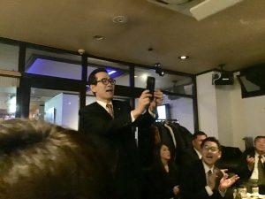 熊本の夜の記念に、はいポーズ